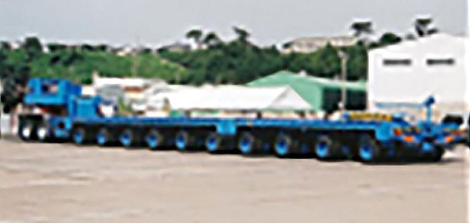 10軸コンビネーション油圧サストレーラ